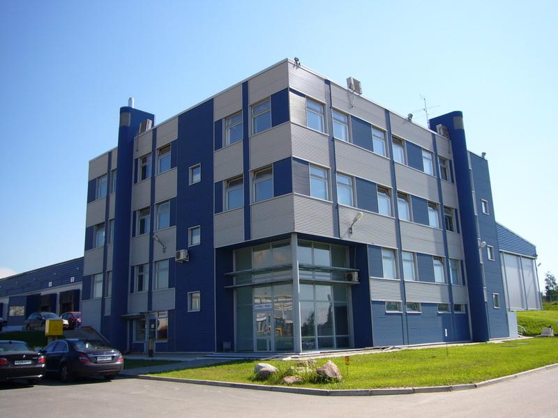 Rekonstruktsiya biznes tsentrov ofisnykh zdaniy