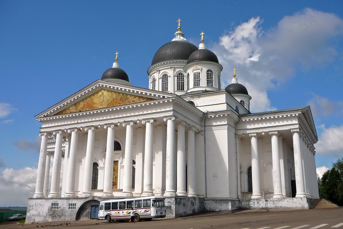 Restavratsiya i rekonstruktsiya istoricheskikh zdaniy