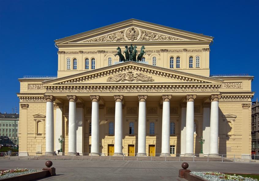 Rekonstruktsiya zdaniya teatra