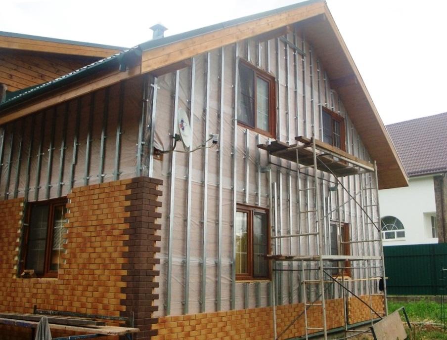 Ventiliruyemyy fasad iz fibrotsementnykh plit 2