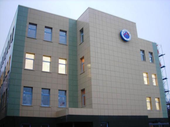 Ventiliruyemyye fasady iz metallokasset
